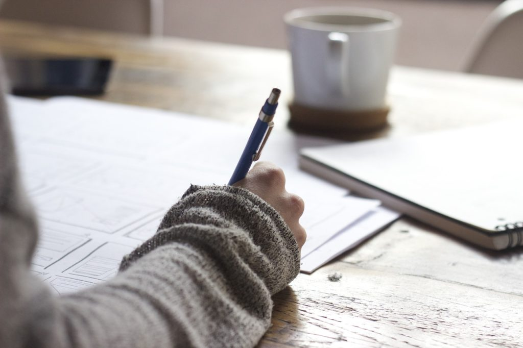 Как написать мотивационное письмо, чтобы поступить в магистратуру МГУ по политологии